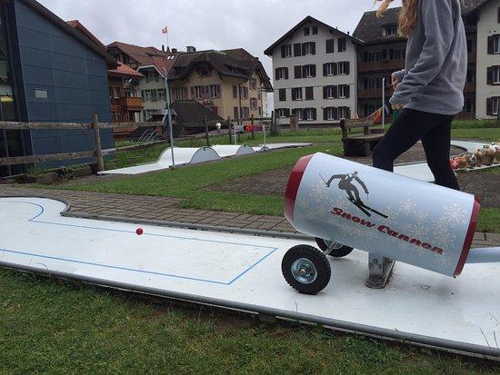 Minigolf: Again.. in air this time