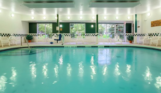 Holiday Inn Express Irondequoit: Swimming Pool