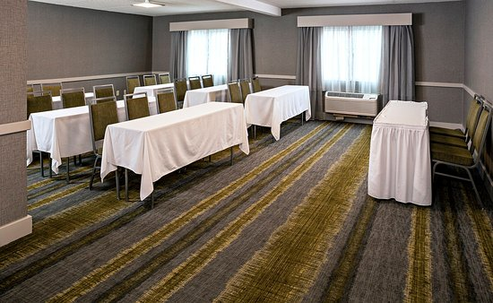 Holiday Inn Salem (I-93 at exit 2): Imperial Meeting Room