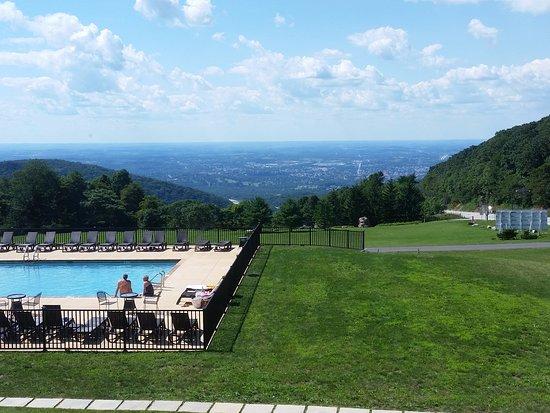 Historic Summit Inn: Impressive view!