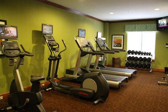 Holiday Inn Express Arlington: Fitness Center
