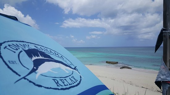 Great Guana Cay: Nippers Beach Bar & Grill