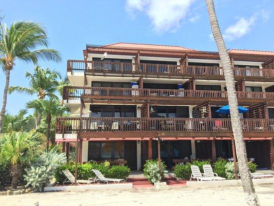 Sapphire Beach Resort: Building B