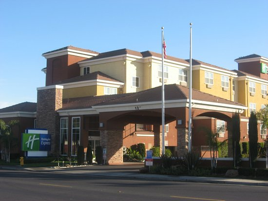 Photo of Holiday Inn Express - West Sacramento
