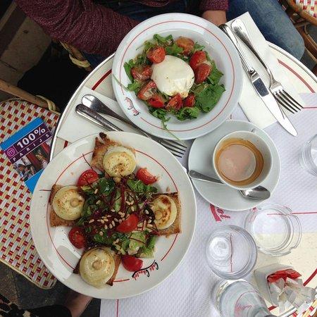Cafe Charlot: IMG-20160811-WA0020_large.jpg