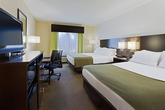 Holiday Inn Express Hotel & Suites New Tampa I-75 Bruce B. Downs: ADA/Handicapped accessible Two Queen Guest Room