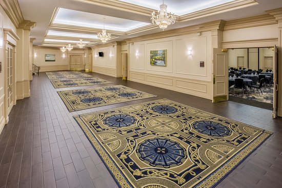 Crowne Plaza Portland-Downtown Convention Center: Belmont Foyer