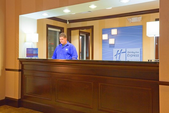 Holiday Inn Express Wisconsin Dells: Ask our friendly front desk staff about local attractions