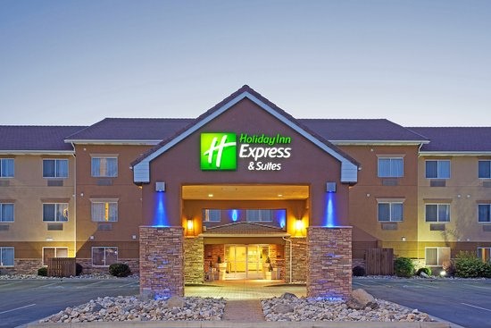 Holiday Inn Express Hotel & Suites Sandy: Hotel Exterior