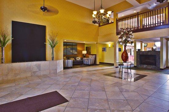 Petoskey, MI: Hotel Lobby