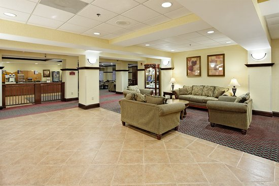 Grenada, MS: Hotel Lobby