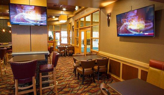 Эверетт, Вашингтон: Tommy's Bar