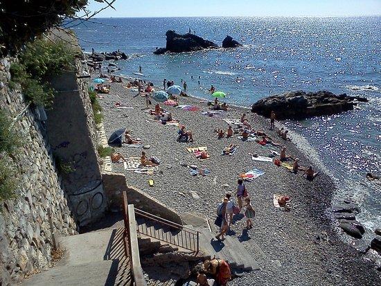 Spianata picture of oneglia beach imperia tripadvisor for Oneglia imperia