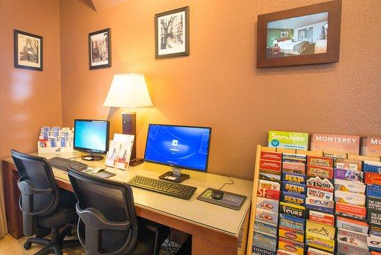 Holiday Inn Express San Jose Central City: Business Center