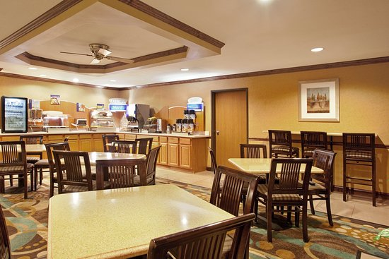 Tuscola, IL: Breakfast Area