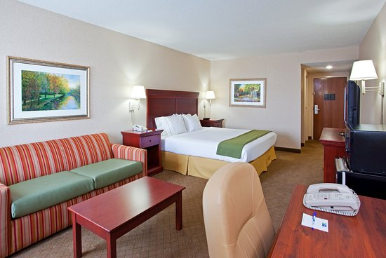 Wilmington, OH: You'll have a great night of rest when you stay with us!