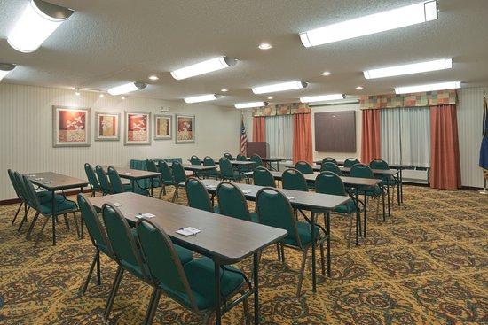 Rensselaer, IN: Meeting Room