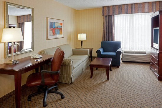 West Long Branch, NJ: Suite