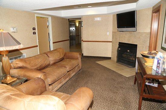วอร์เรนตัน, มิสซูรี่: Lobby Lounge