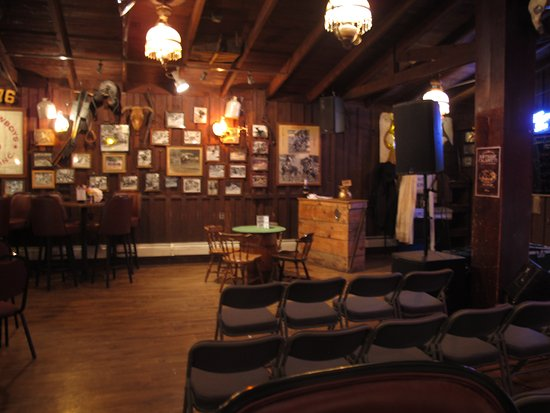 Charmant Saloon #10 American Whiskey Bar: The Poker Table