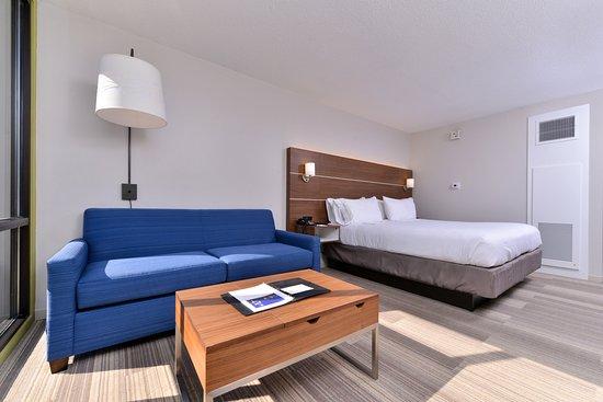 Holiday Inn Express Springfield: Queen leisure nonsmoking
