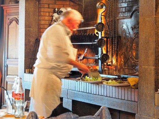 Le Clos Rubier : Plating the steaks