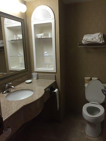 Holiday Inn Express & Suites Tilton : photo2.jpg