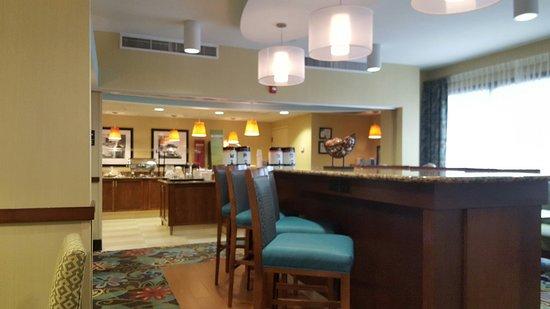 Hampton Inn Charlotte North/Lake Norman: 20160811_082036_large.jpg