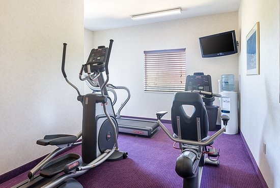 Acme, MI: Fitness Center