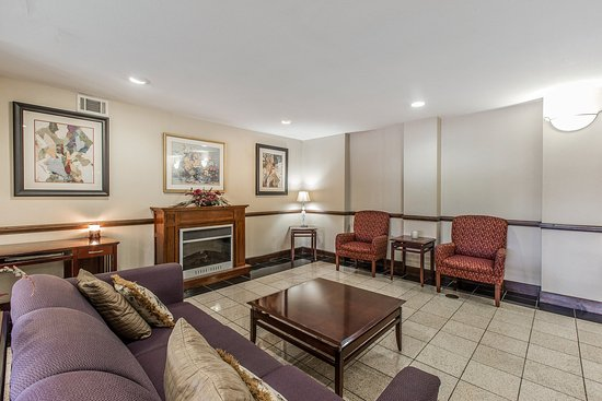Kingsland Inn & Suites: Lobby