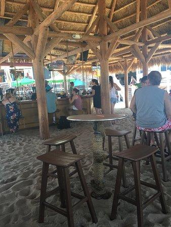 Mojito Bay Tiki Bar: photo0.jpg