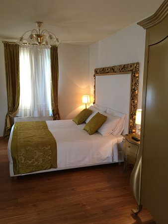 Al Bailo di Venezia: second bedroom with a view