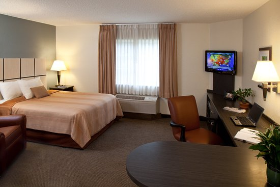 Candlewood Suites Knoxville: Guest Room