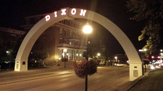 Dixon, Ιλινόις: 20160809_212703_large.jpg