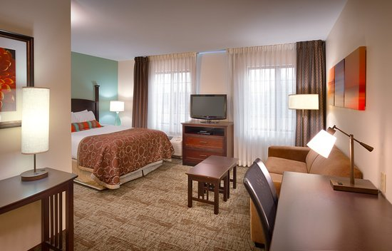 Staybridge Suites Peoria Downtown: Our Studio Suite has extra room to exceed your expectations