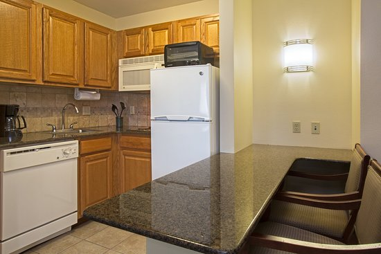 Staybridge Suites Tallahassee I-10 East: Two Bedroom Suite Kitchen