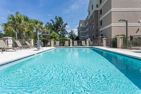Staybridge Suites Tallahassee I-10 East: Complimentary Seasonal Pool