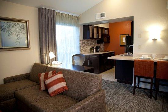 ซานบรูโน, แคลิฟอร์เนีย: Suite