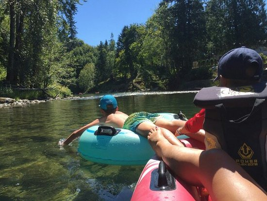 ‪Cowichan River Tubing - The Tube Shack‬