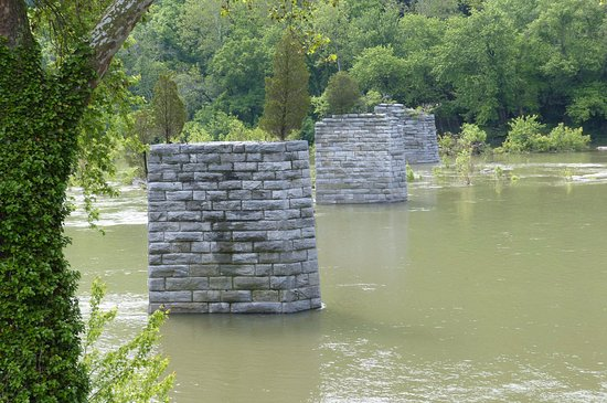 The Point Viewing Old Bridge Pillars Picture Of The Point - Trip advisor harpers ferry
