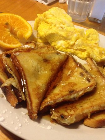 Michaels Kitchen Cafe & Bakery: french toast