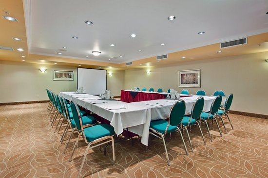 Holiday Inn Canmore: Meeting Room