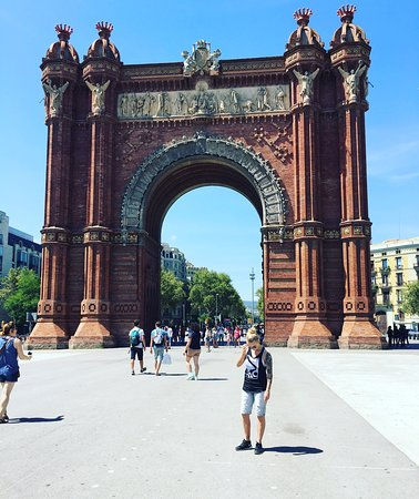 Arc de Triomf City Center