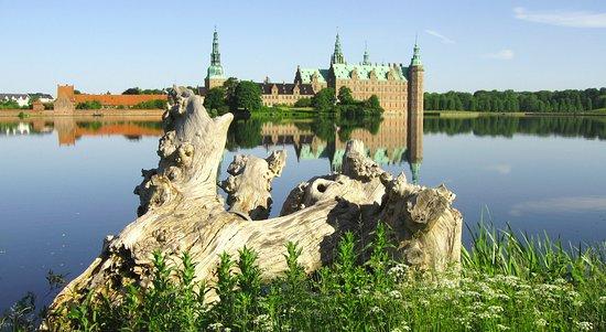 Zealand, Denmark: Frederiksborg Slot, taget af Hans-Jørgen Petersen