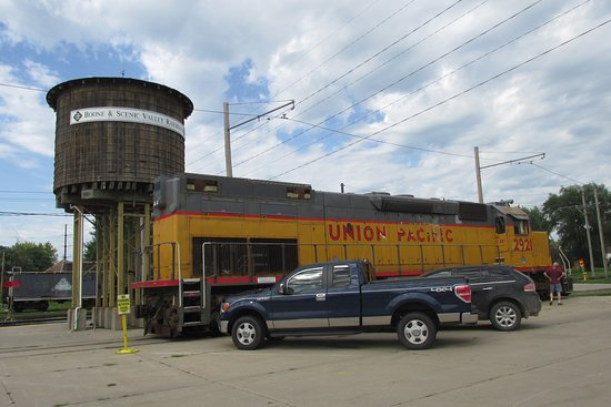 Boone, IA: real trains