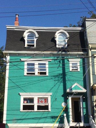 HI St. John's City Hostel: photo1.jpg