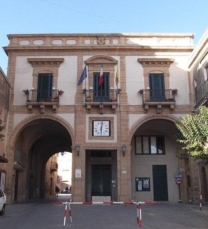 Sambuca di Sicilia, Italie : Palazzo dell'Arpa