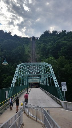 Johnstown Inclined Plane : You can park across the street somewhere and use the walking bridge that crosses the road