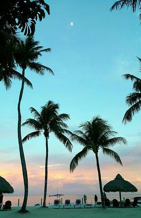 Drop Anchor Resort: Beautiful evening August 11, 2016