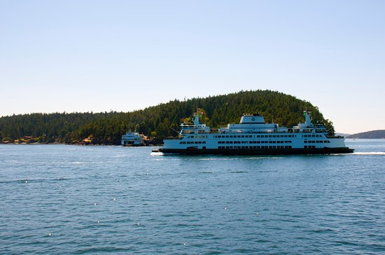 Earthbox Inn & Spa: A ferry ride to Friday Harbor is a min-vacction!